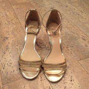 Jewel Badgley Mischka Platform Sandal